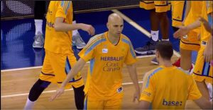 Gran Canaria's Albert Oliver gave Efes the win!